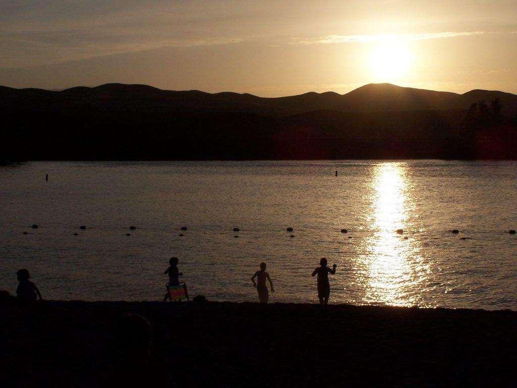 sunset beach canyon lake ca