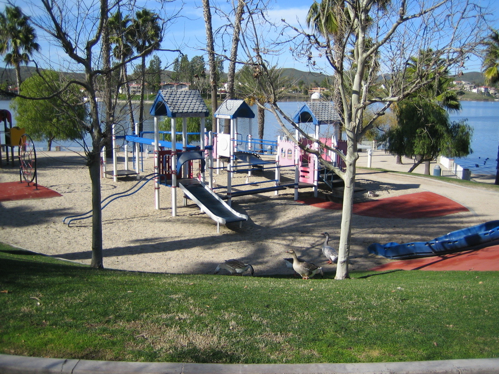 holiday harbor playground