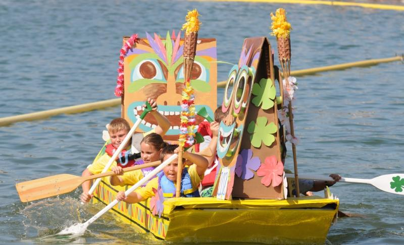 canyon lake cardboard boat race